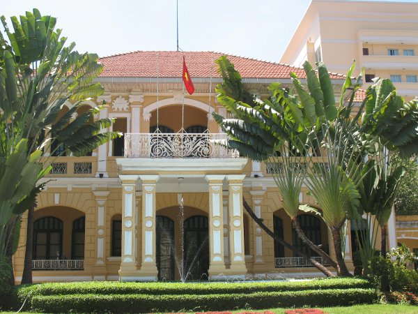 saigon mansion.jpg
